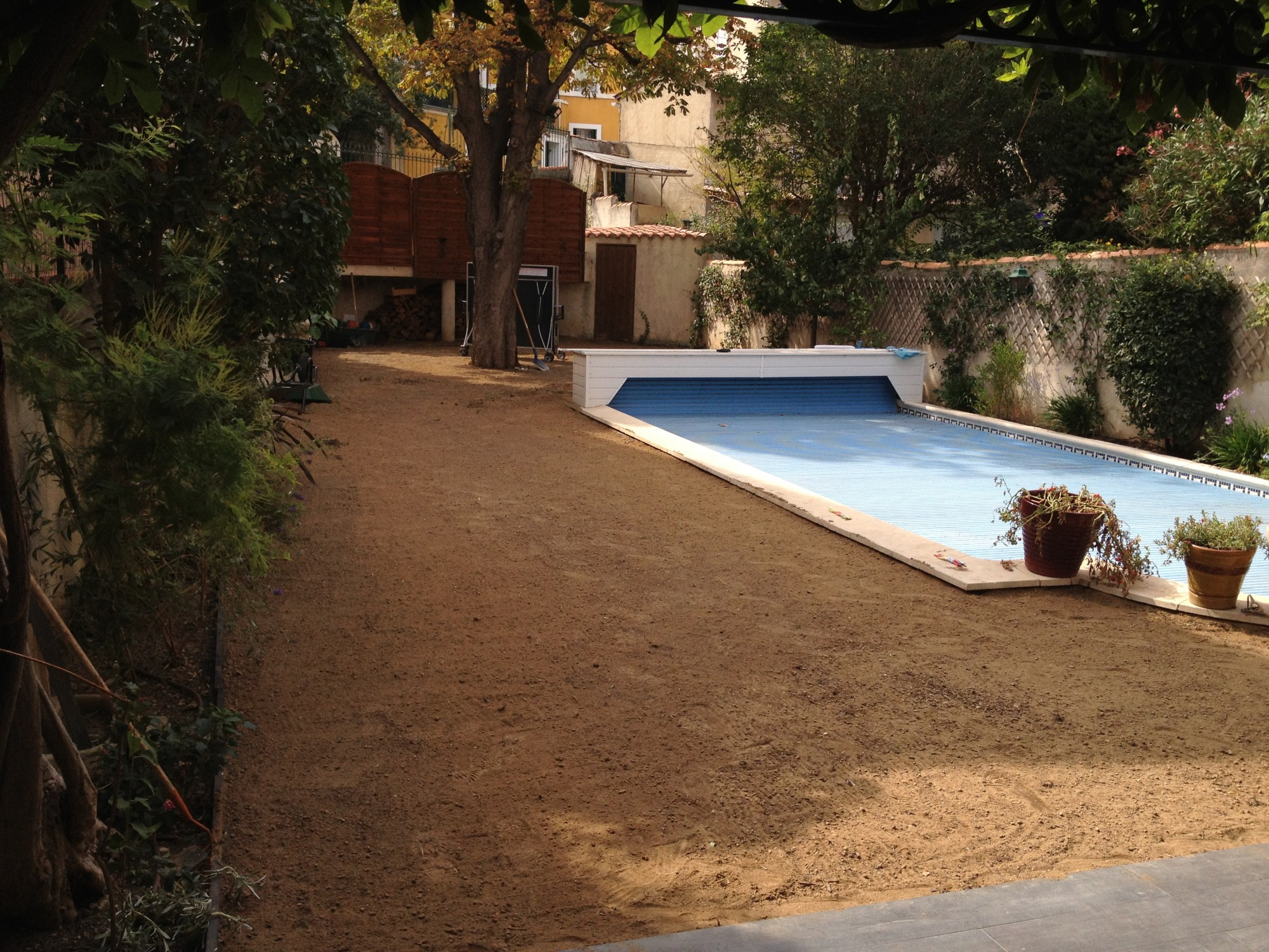 Que mettre autour d une piscine comment amnager autour de votre piscine mon coach jardinmon - Que mettre autour d une piscine ...