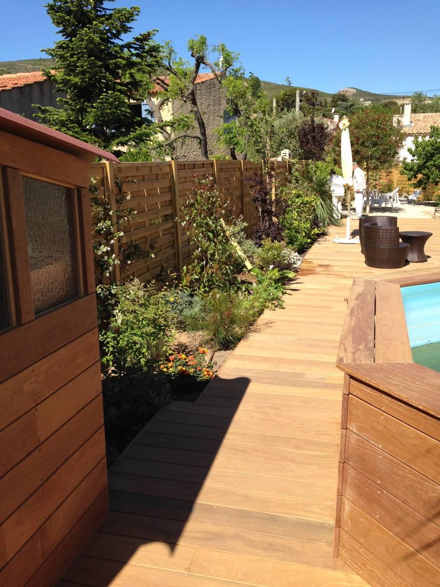 cr ation terrasse bois de 100 m et am nagement paysager la ciotat vert tige. Black Bedroom Furniture Sets. Home Design Ideas