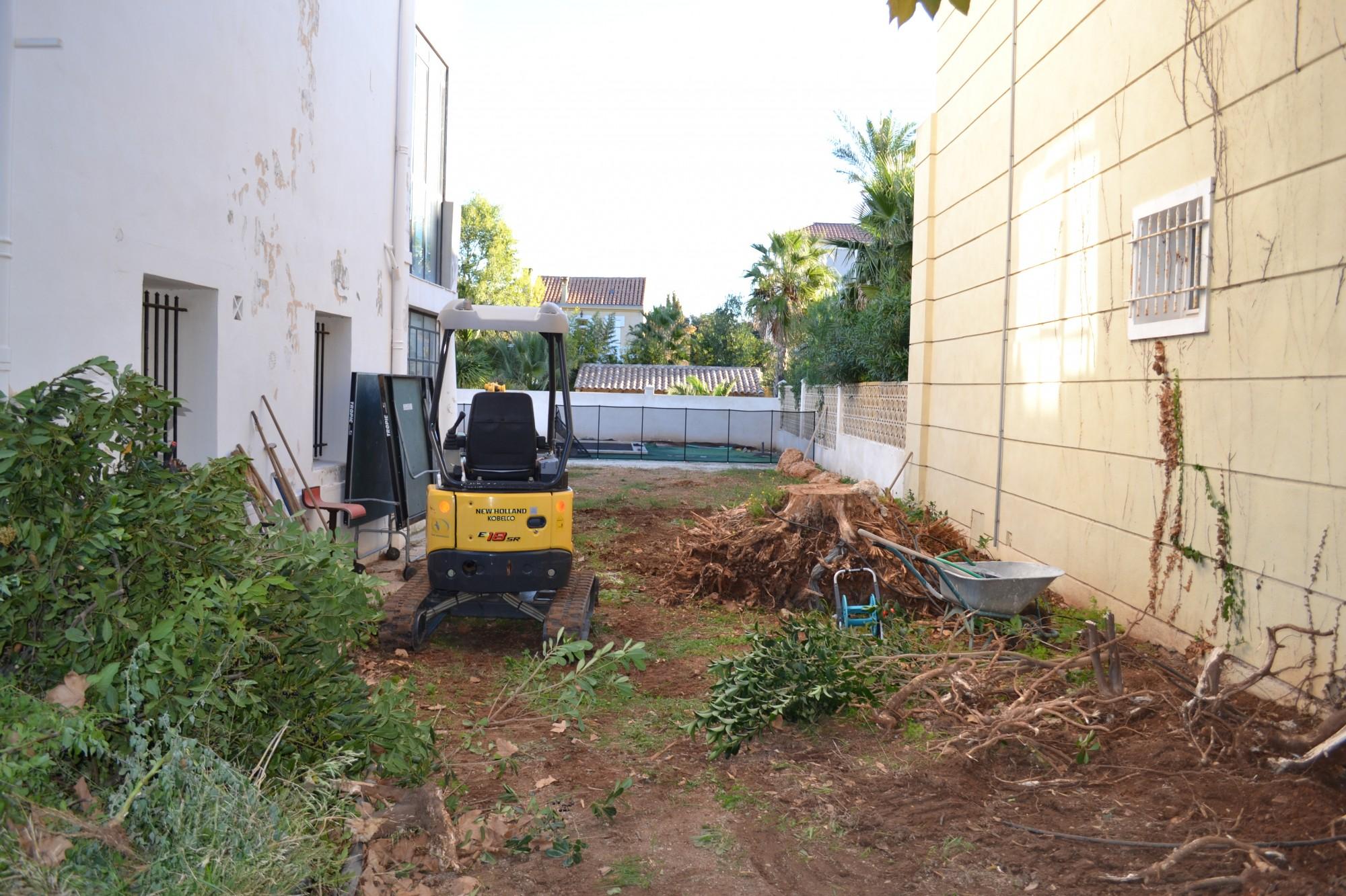 R alisation d 39 un jardin proven al marseille 13008 vert for Entretien jardin marseille